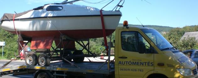 Speciális járművek szállítása